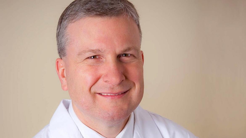 Dr. Leonard Named Associate Dean